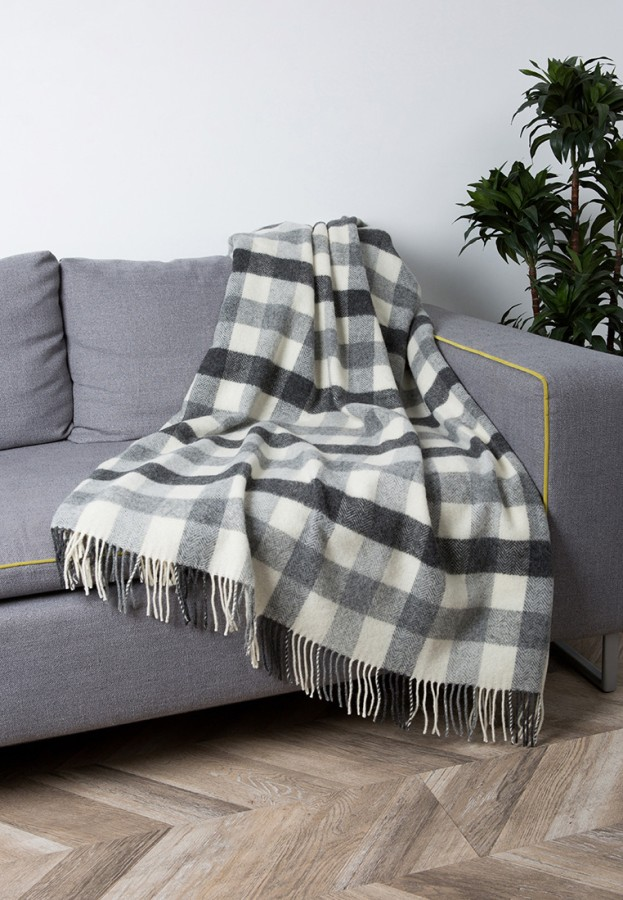 """""""Eli 2-11"""" Pure New Wool throw  in white  and gray checkers"""
